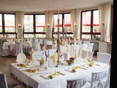 Wedding-table-1174131 1920