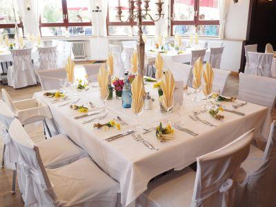 Wedding-table-1174132 1920